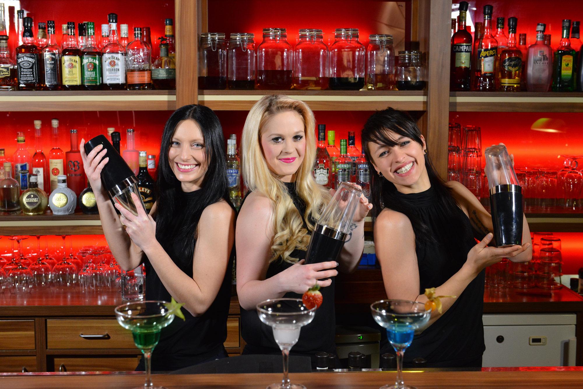 Shaker Girls – Drinks & Cocktails