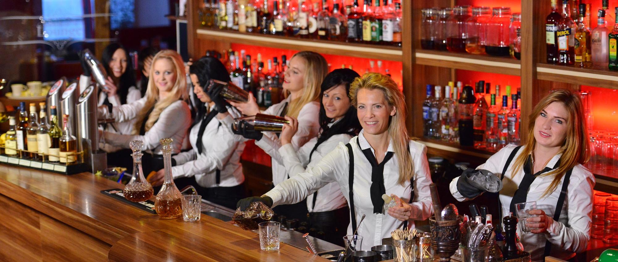 Barkeeperinnen & Barservice