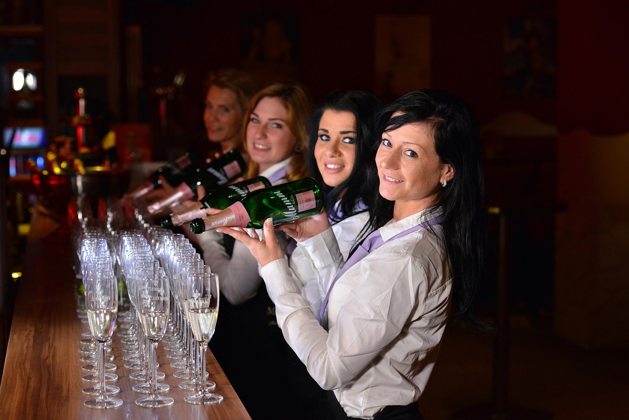 Shaker Girls – Private Feiern & Hochzeiten